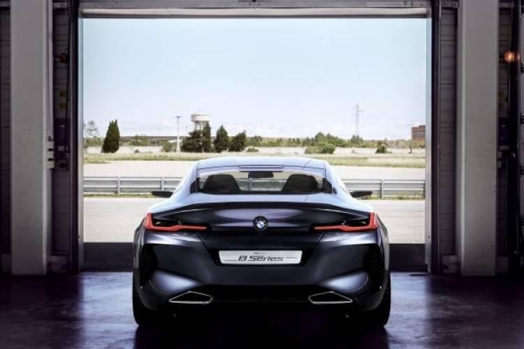 Das BMW Concept 8 Series.